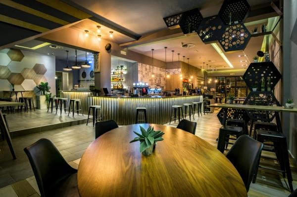 Aperitton Cafe Bar Restaurant
